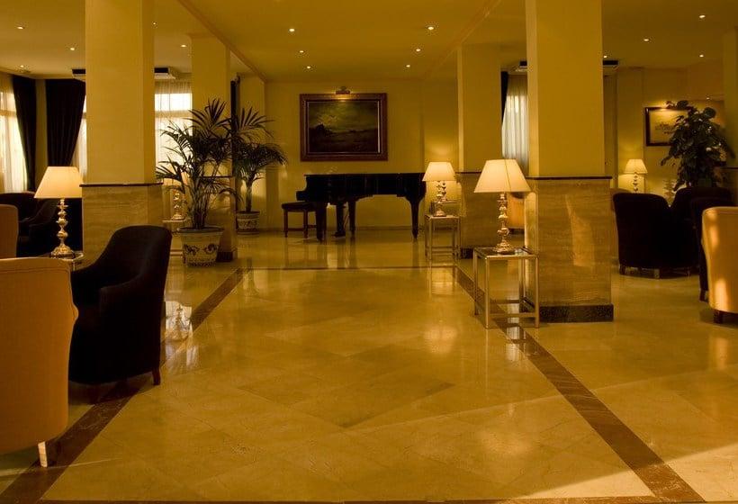 공용 공간 호텔 Las Arenas Benalmadena