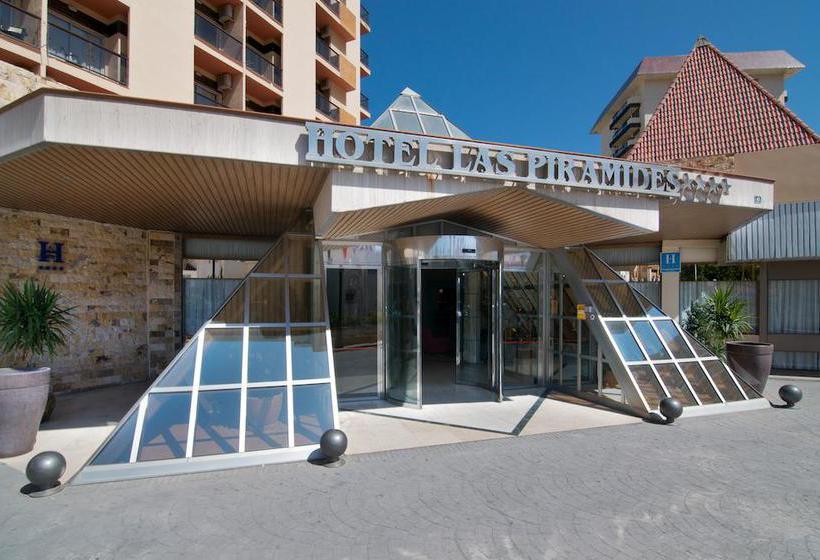 Outside Hotel Las Piramides Fuengirola
