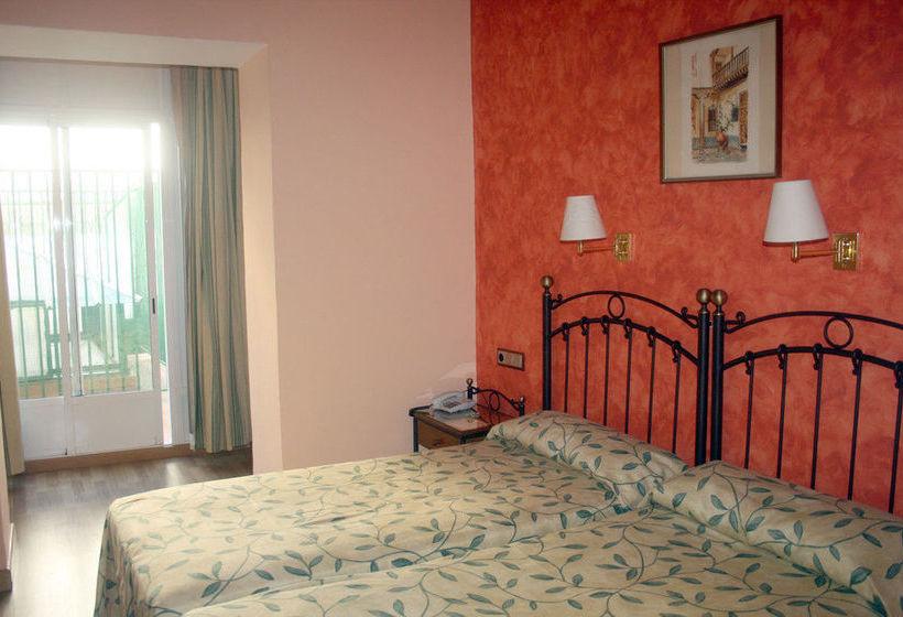 Quarto Hotel Montecarlo Sevilha