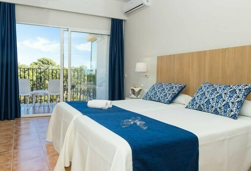 Room Hotel Roc Marbella Park