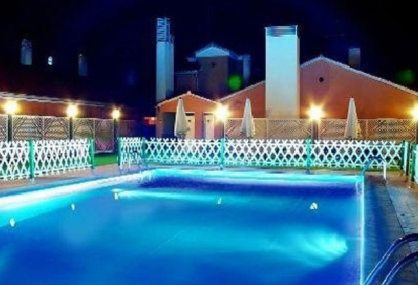 H tel ath ca ada real malpartida de plasencia les for Club piscine canada