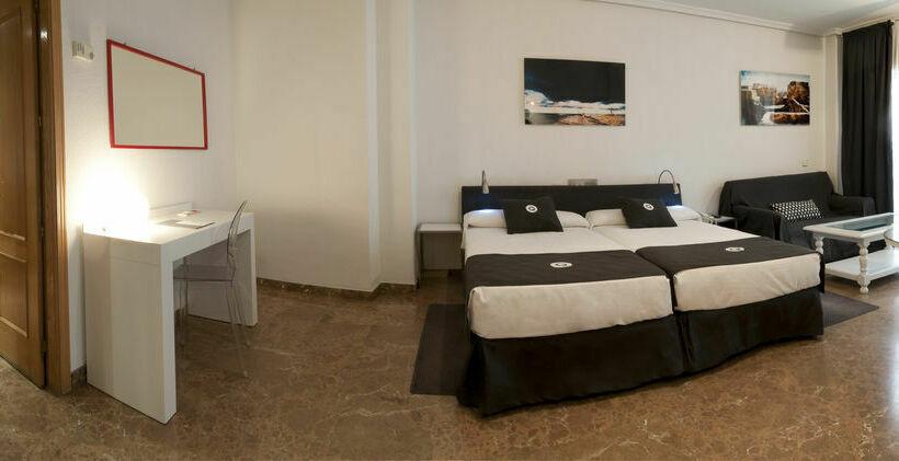 Chambre Aparthotel Quo Eraso Madrid