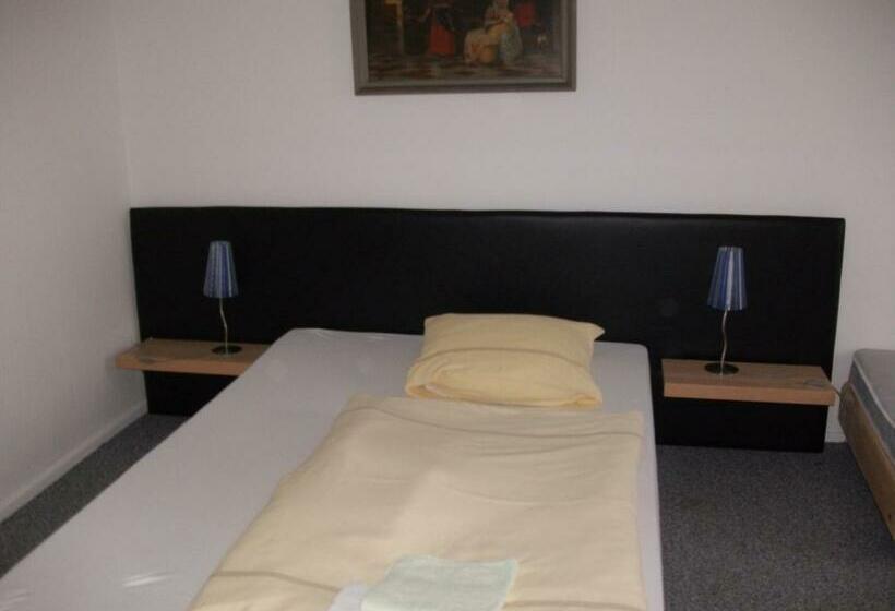 Hotel-pension Hensel Sascha Berlino