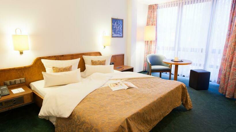 Hotel Klee Am Park Wiesbaden Germany
