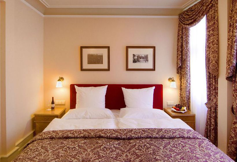 hotel schloss reinhartshausen kempinski eltville frankfurt eltville as melhores ofertas com. Black Bedroom Furniture Sets. Home Design Ideas