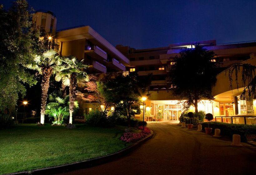 Atahotel quark milano le migliori offerte con destinia for Quark hotel milano