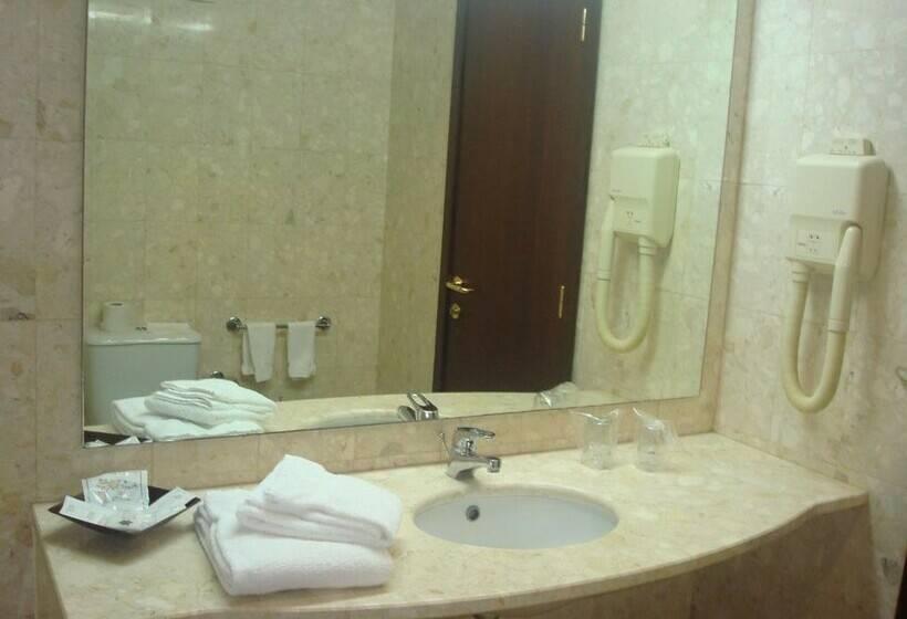 Cuarto de baño Aparthotel Gaivota Ponta Delgada