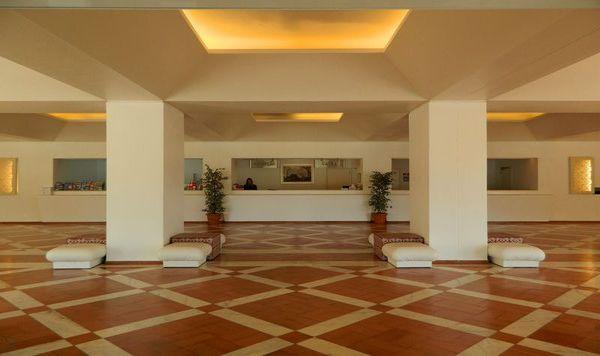 Recepción Hotel Montechoro Albufeira