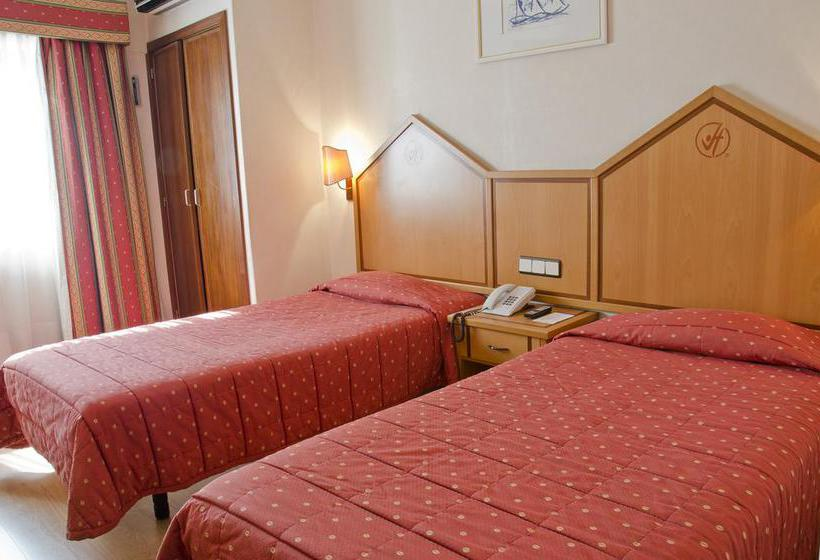 Room Hotel VIP Inn Berna Lisbon