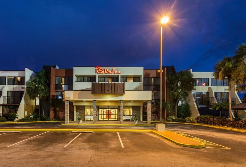 hotel red roof inn st petersburg clearwater airport a. Black Bedroom Furniture Sets. Home Design Ideas
