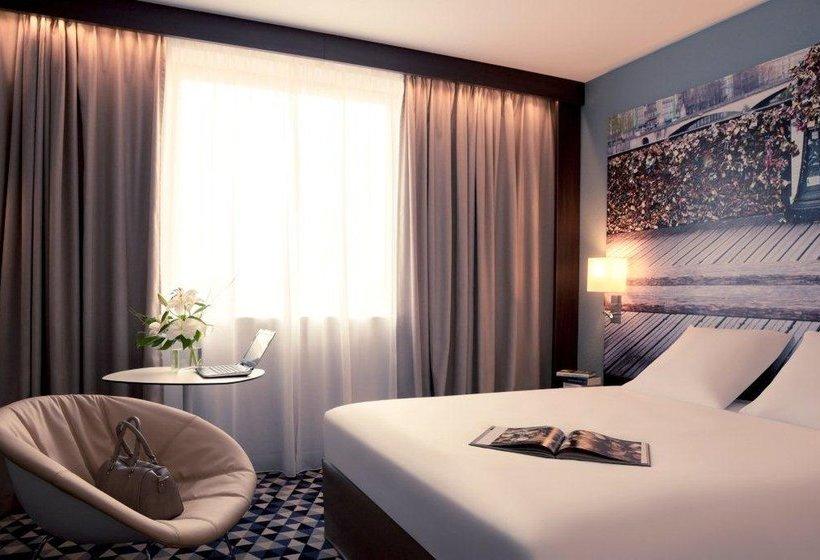 h tel mercure paris ivry quai de seine ivry sur seine. Black Bedroom Furniture Sets. Home Design Ideas