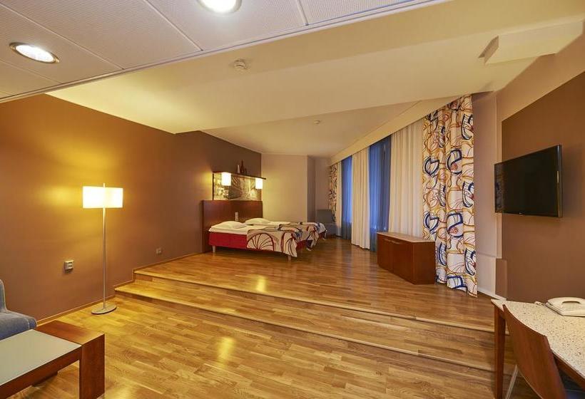 hotell scandic kaisaniemi i helsinki fr n 539 kr destinia. Black Bedroom Furniture Sets. Home Design Ideas
