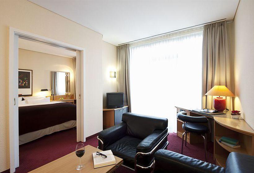 فندق NH Muenchen Unterhaching اونترهاخينغ