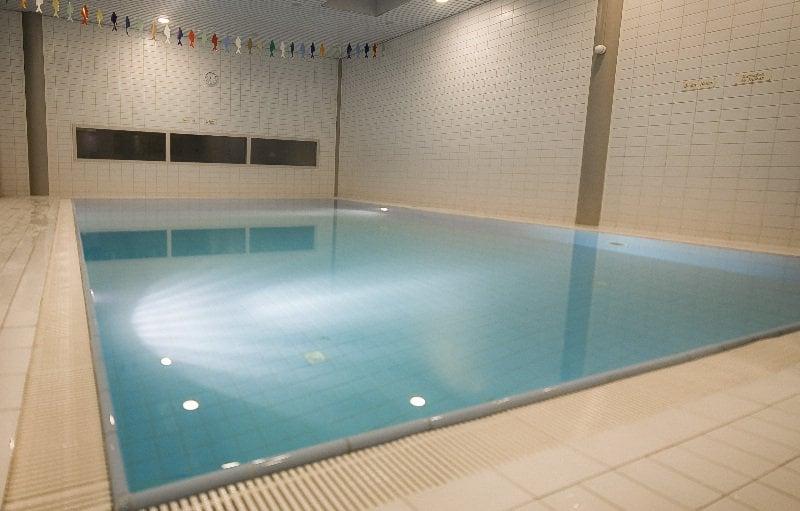 Apollo hotel 39 s hertogenbosch zaltbommel zaltbommel de for Zwembad s hertogenbosch