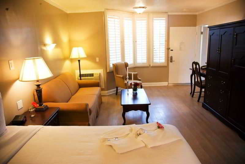 Hotel Carousel Inn & Suites Anaheim