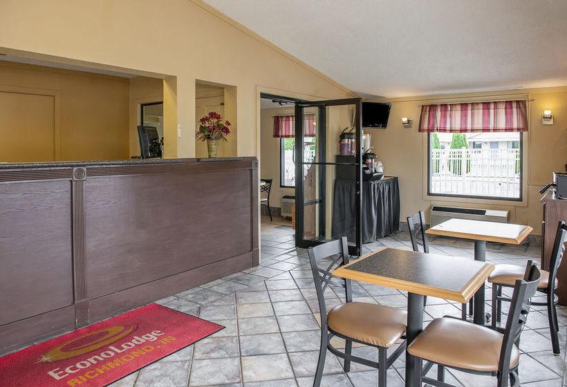 فندق Econo Lodge Richmond