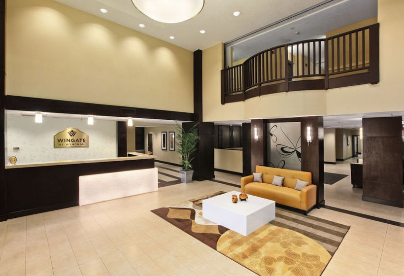 فندق Wingate Inn South Charleston