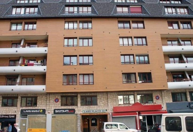 Apartamentos Lake Placid 3000 Pas de la Casa