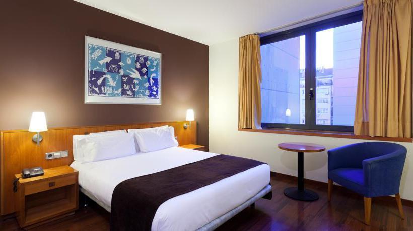 Hotel viladomat by silken em barcelona desde 25 destinia for Hoteis em barcelona