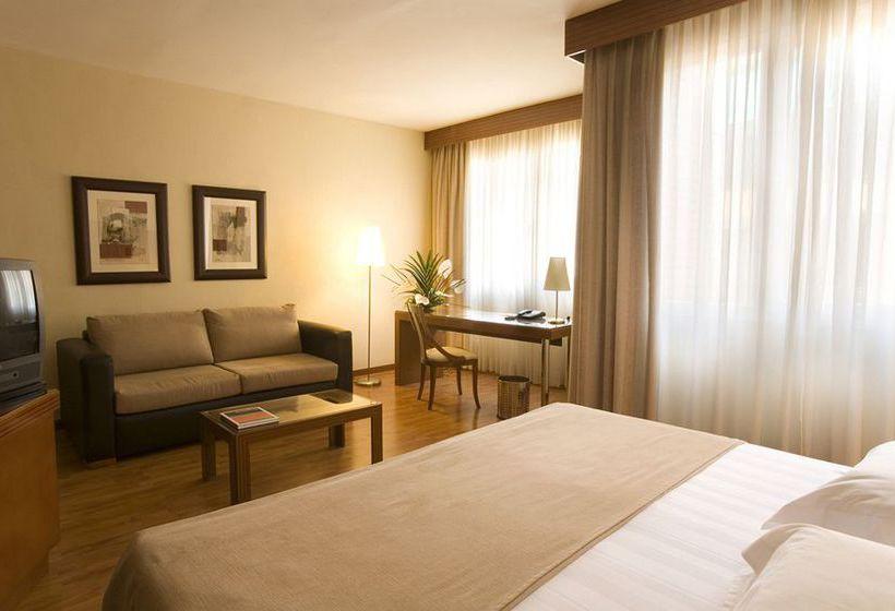 Aparthotel mariano cubi a barcellona a partire da 33 for Aparthotel barcellona