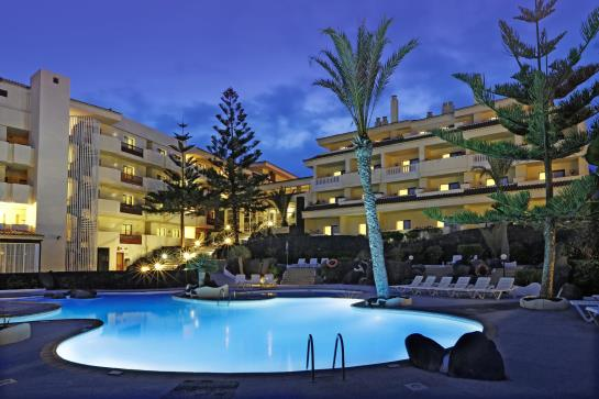 Swimming pool H10 Costa Salinas Playa de los Cancajos