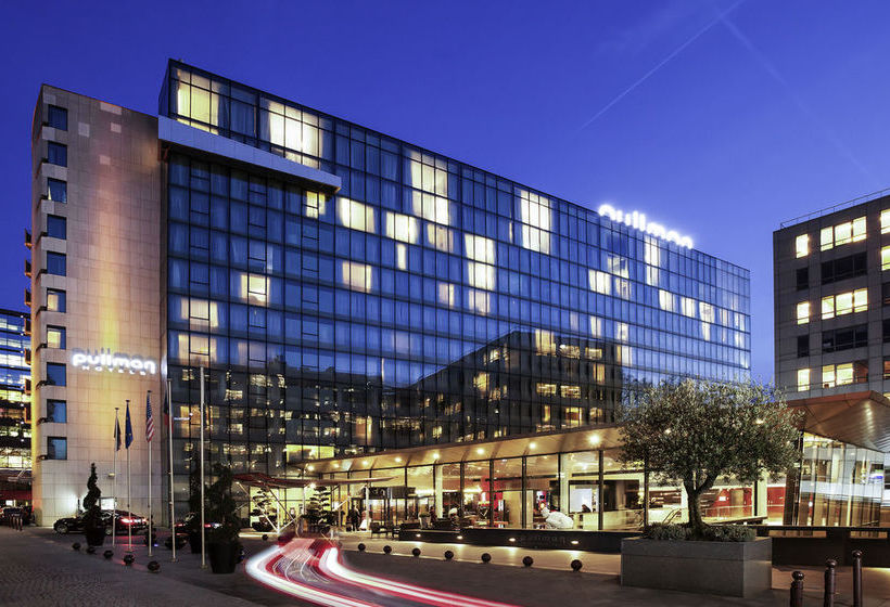 Hotel pullman paris bercy in paris starting at 65 destinia for Hotel paris telephone