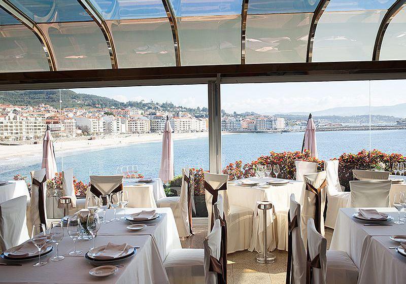 레스토랑 Gran Talaso Hotel Sanxenxo