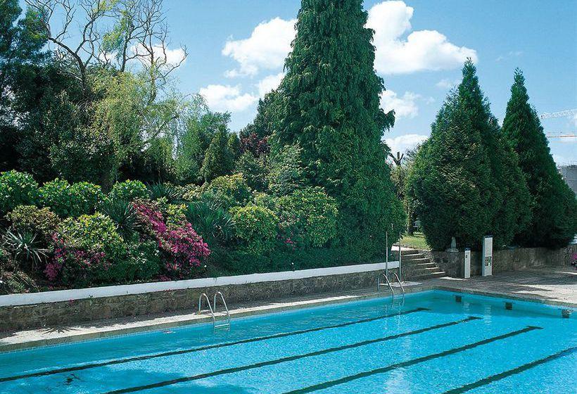 حمام سباحة فندق Hesperia Peregrino سانتياغو دي كومبوستيلا