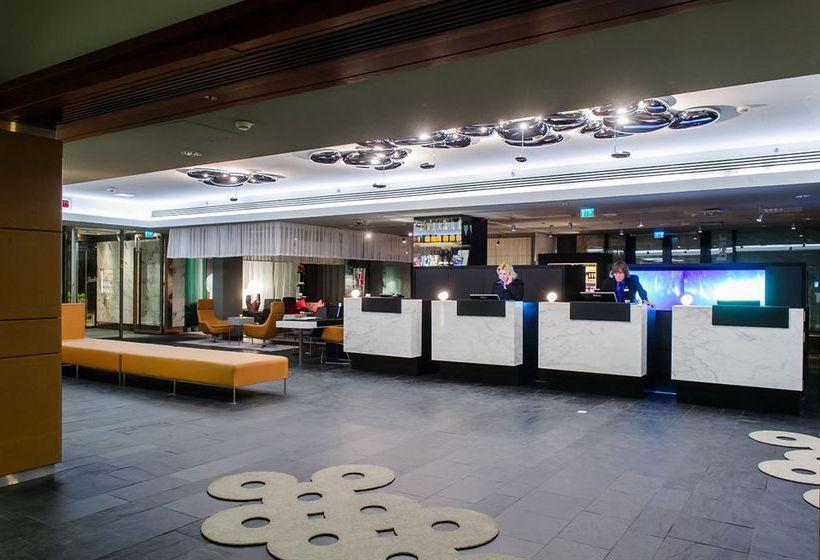 Radisson Blu Plaza Hotel, Helsinki هلسنكي