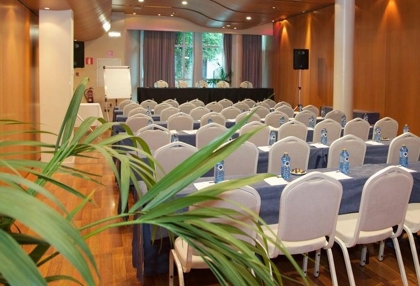 ホテル Abba Playa Gijón ヒホン