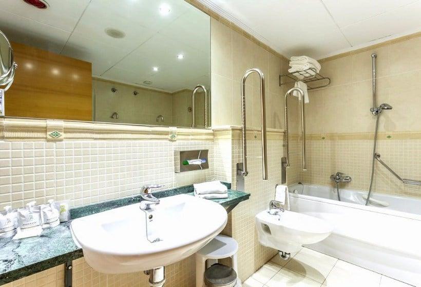 Bathroom Hotel Marina D'Or Playa 4* Oropesa del Mar