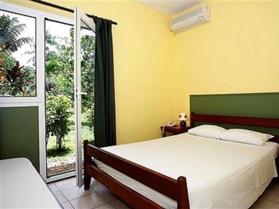 Hotel la Chaumiere Matoury