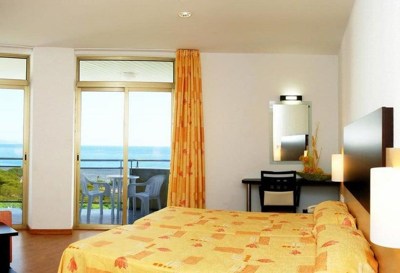 Room Hotel Blaucel Blanes