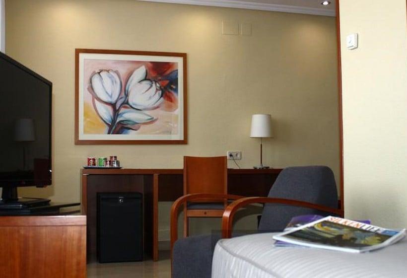 Zimmer Hotel Silken Torre Garden Madrid