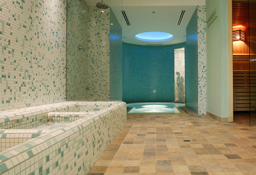 Hotel La Terrazza in Assisi, ab 40 €, | Destinia