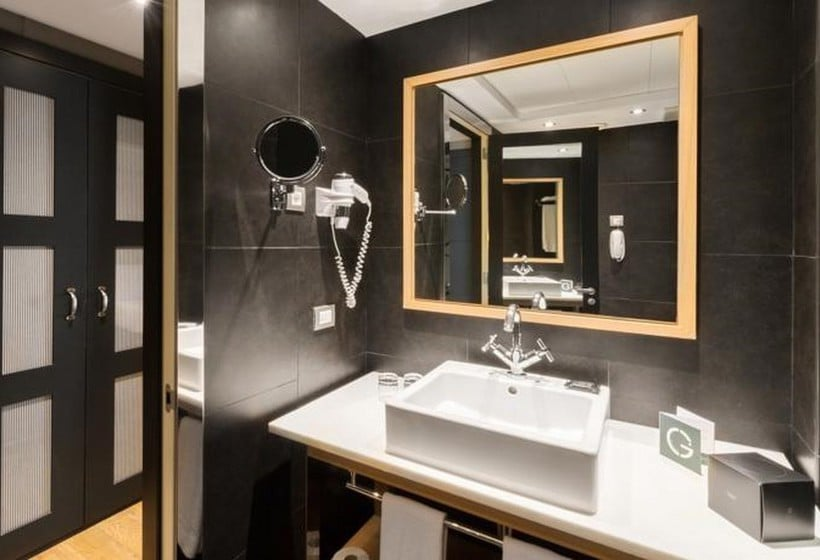 Bathroom Hotel Jazz Barcelona