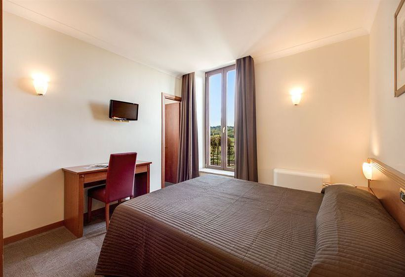 Zimmer Romoli Hotel