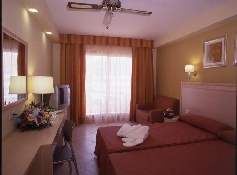 Zimmer Hotel Fenix Family Roquetas de Mar