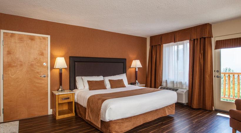 Hillcrest Hotel Revelstoke Spa