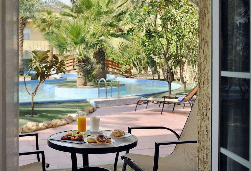 فندق Mövenpick Kuwait الكويت