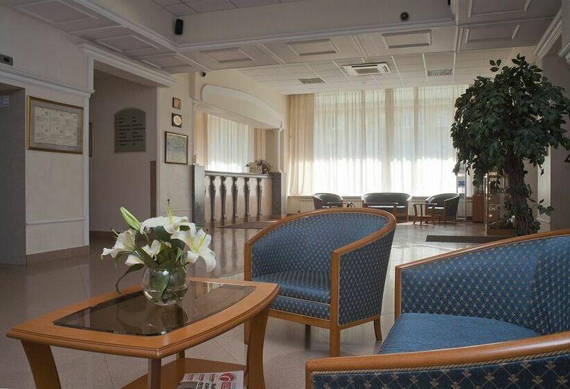 Hotel Polustrovo Saint-Pétersbourg