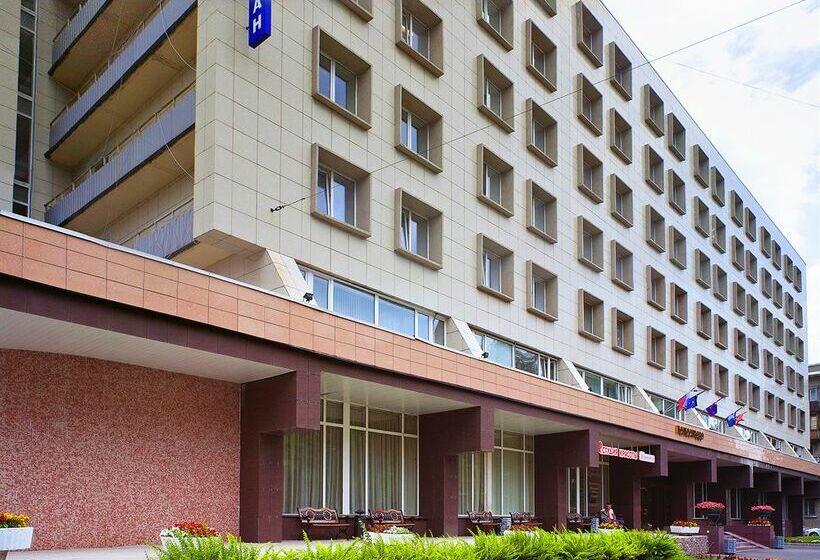 Hotel Polustrovo São Petersburgo