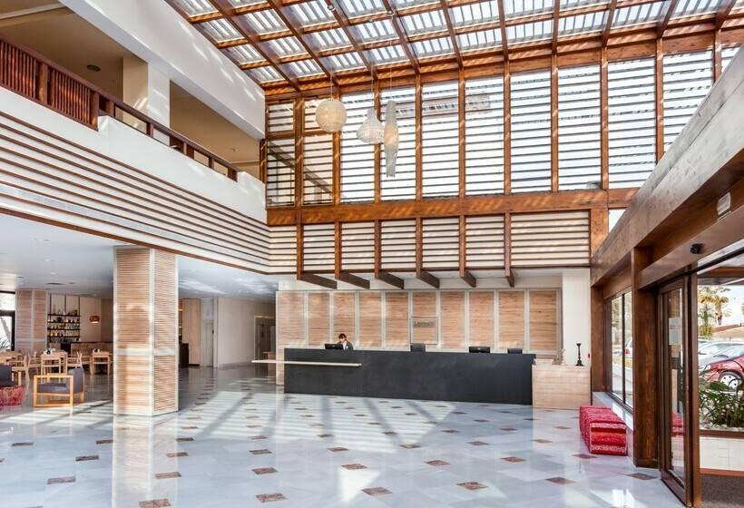 Recepción Hotel Barceló Cabo de Gata Retamar