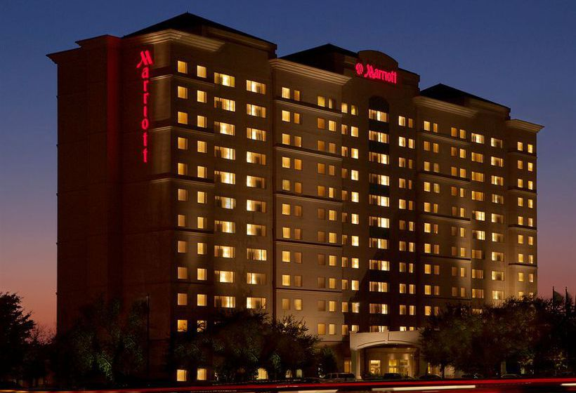 Hotel Marriott Suites Dallas Market Center