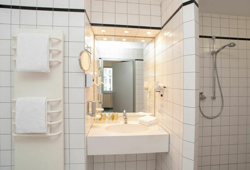 Victors Residenz Hotel Berlin Tegel Berlim