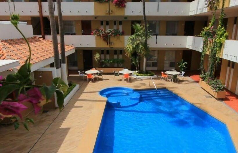 Hotel Azteca Inn Mazatlán