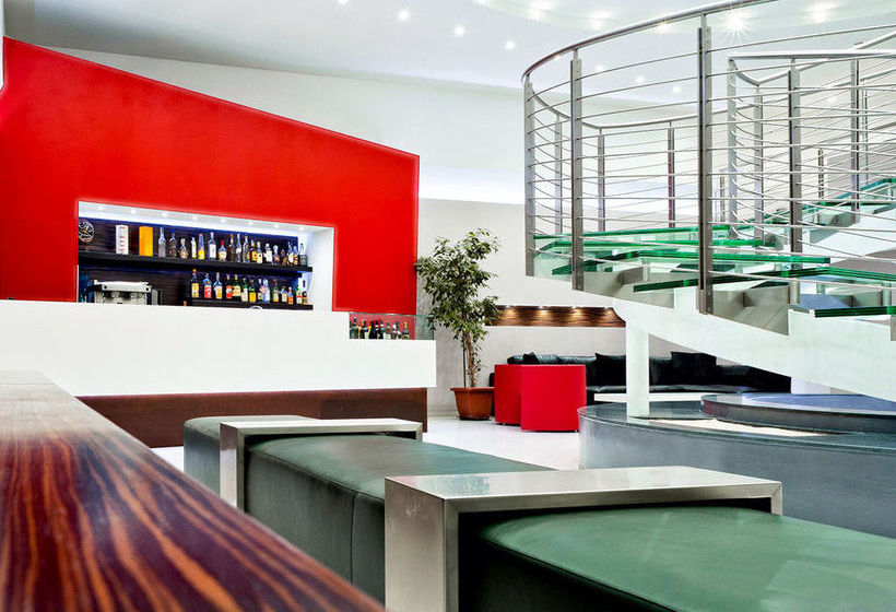 Hotel ibis styles milano centro in milan starting at 34 for Hotel design milano centro