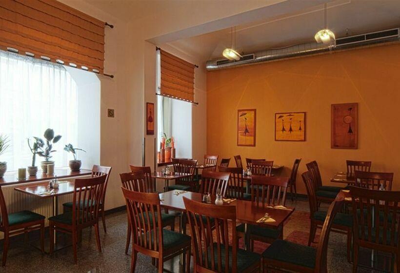 مطعم City Partner Hotel Victoria براغ