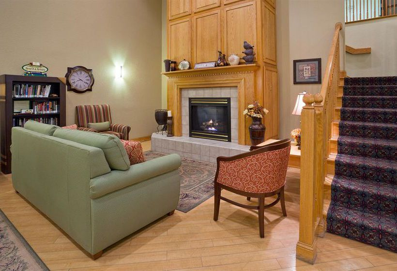 Hotel Country Inn Amp Suites By Carlson Cottage Grove