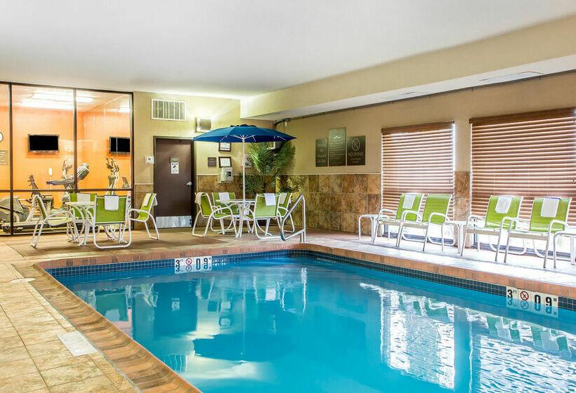 Hotel Comfort Inn Near Worlds Of Fun Kansas City